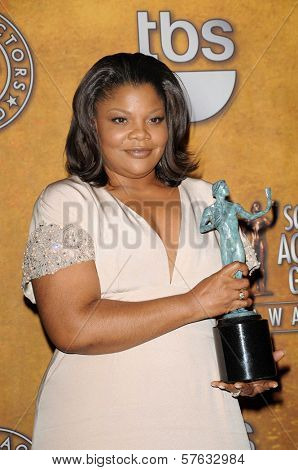 Mo'Nique at the 16th Annual Screen Actors Guild Awards Press Room, Shrine Auditorium, Los Angeles, CA. 01-23-10