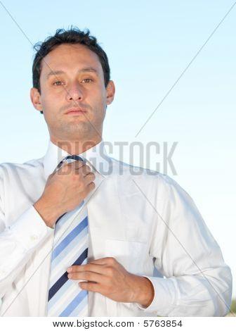 Laço de fixação do homem negócios