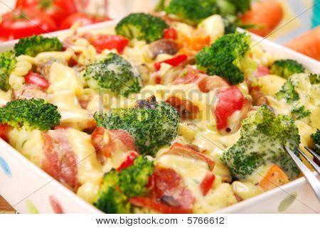 Pasta mit Brokkoli und Champignons