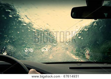 Bad weather driving - completely defocused