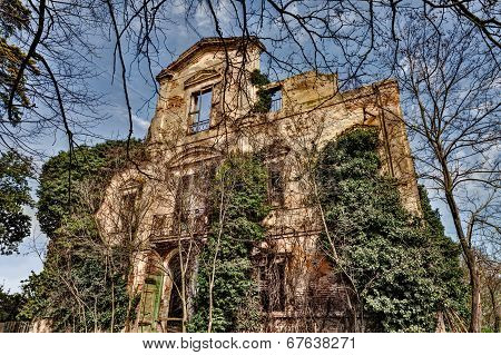 Collapsed Antique Mansion