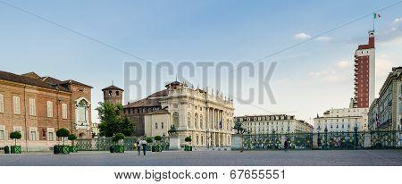Turin (torino), Piazza Castello