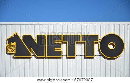 Netto discount supermarket sign