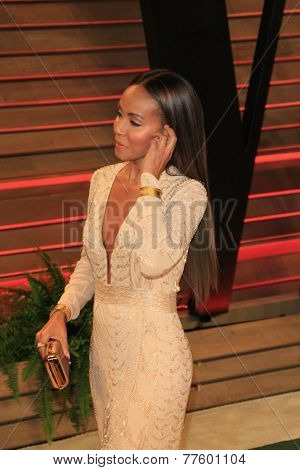 LOS ANGELES - MAR 2:  Jada Pinkett Smith at the 2014 Vanity Fair Oscar Party at the Sunset Boulevard on March 2, 2014 in West Hollywood, CA