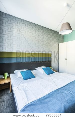 Spacious Hotel Bedroom With Twin Bed