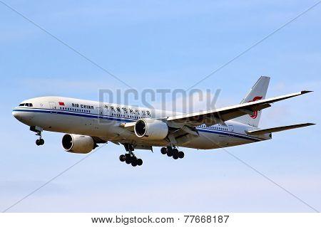 Air China Boeing 777