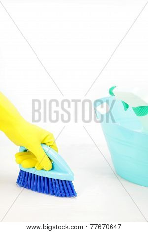 clean up the floor