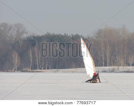 Ice-yacht