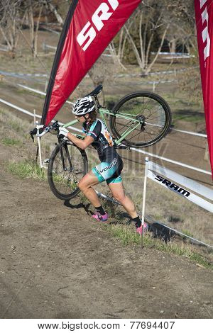 Woman Cyclocross Contestant