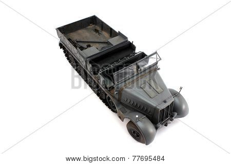 18-ton German Half-track Model