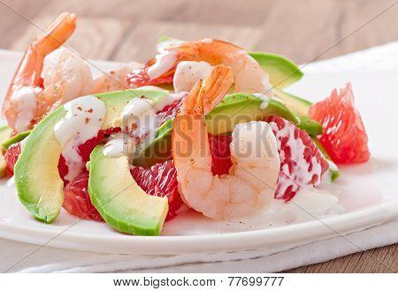 California salad - a mix of avocado, grapefruit and shrimp, seasoned with cayenne pepper yogurt