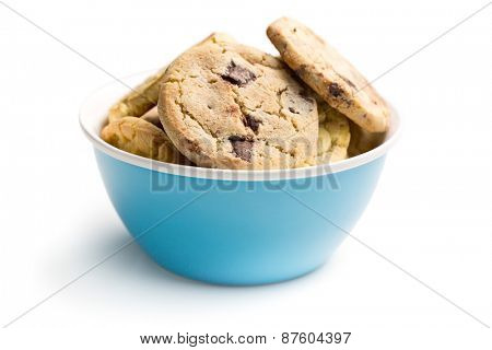 the chocolate cookies in bowl