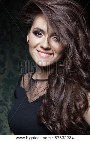 Beautiful hair, portrait of an young girl with beautiful make-ep
