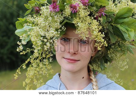 young girl with wreath