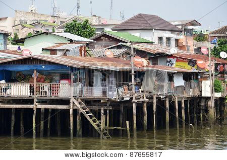 Riverside Slums & Fishermen Life In Chao Phraya River