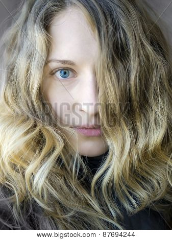 A Blondy Girl's Portrait