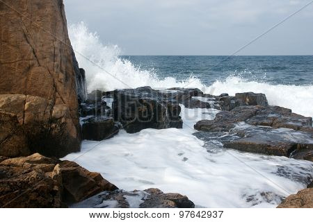 rocks and waves 6