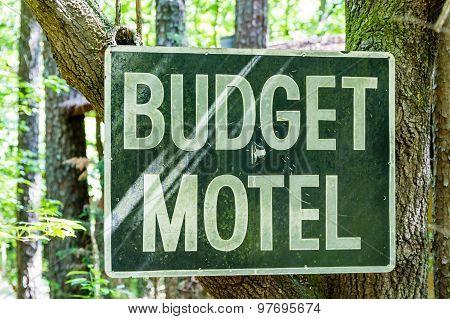 Budget Motel Sign