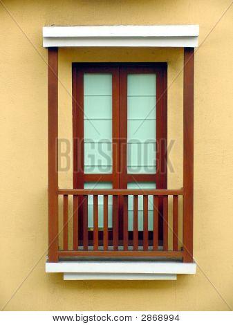 Ventana Window