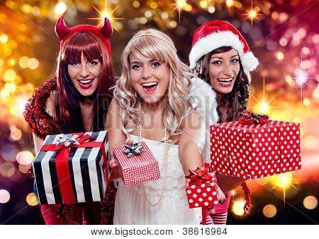 the unlike trio 05/three christmas messengers