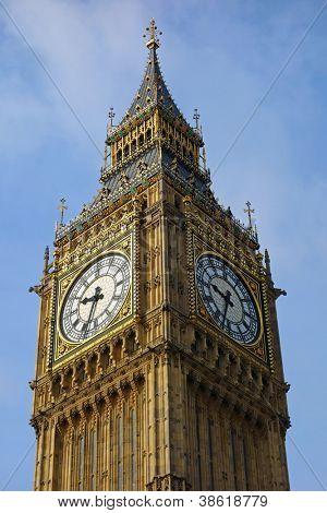 Torre del reloj del Palacio de Westminster de Big Ben Elizabeth en Londres Reino Unido.
