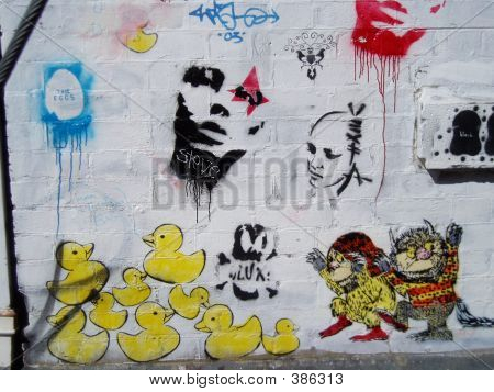 Graffiti Ducks