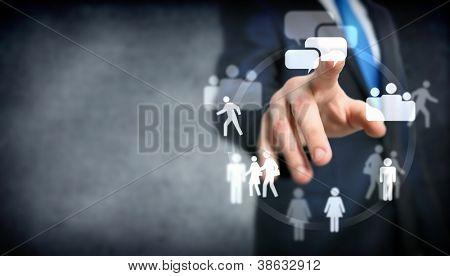 Zakelijke bijeenkomst in een virtuele ruimte conceptuele business illustratie.