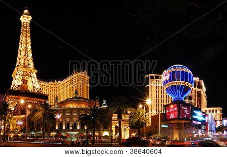 LAS VEGAS - MAR 4: Paris Las Vegas Hotel and Casino anmelden, in Form von Montgolfier-Ballon-wit