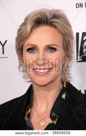 """LOS ANGELES - OCT 13:  Jane Lynch arrives at the """"American Horror Story: Asylum"""" Premiere Screening at Paramount Theater on October 13, 2012 in Los Angeles, CA"""