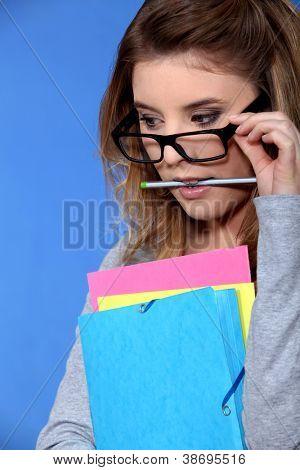 Geeky Student Betrieb Ordner