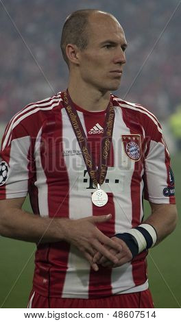 MADRID, SPAIN. 22/05/2010. Munich's midfielder Arjen Robben with his runners up medal at the  Champions League final. played in The Santiago Bernabeu Stadium, Madrid. Inter Milan won the match 2-0.