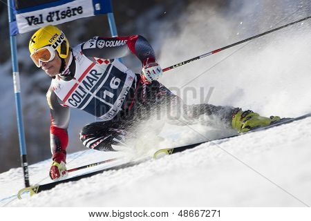 VAL D'ISERE FRANCE. 11-12-2010. KOSTELIC Ivica (CRO)  attacks a control gate during  the FIS alpine skiing world cup giant slalom race on the Bellevarde race piste Val D'Isere.