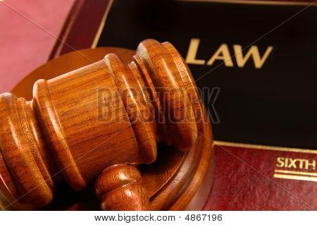 Libro de ley