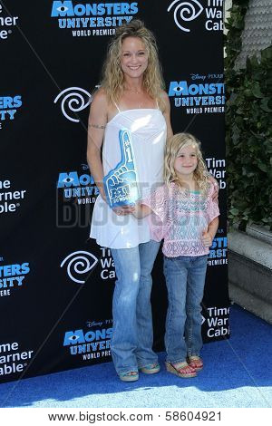 Teri Polo and daughter Bayley at the