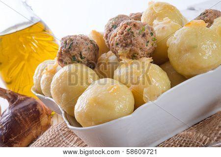 Dumplings With Meatball