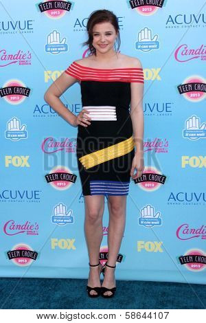 Chloe Grace Moretz at the 2013 Teen Choice Awards Arrivals, Gibson Amphitheatre, Universal City, CA 08-11-13