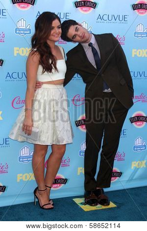 Lucy Hale and Darren Criss at the 2013 Teen Choice Awards Arrivals, Gibson Amphitheatre, Universal City, CA 08-11-13