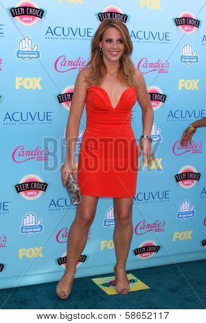 Katie Leclerc at the 2013 Teen Choice Awards Arrivals, Gibson Amphitheatre, Universal City, CA 08-11-13