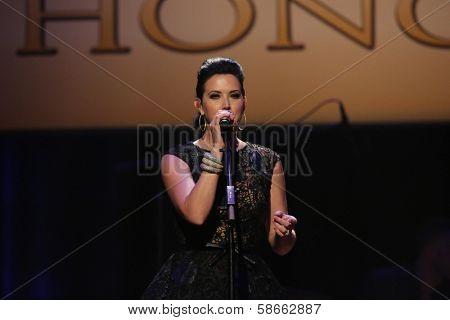 Shawna Thompson at the 7th Annual ACM Honors, Ryman Auditorium, Nashville, TN 09-10-13