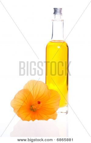 Bath Oil With Hibiscus