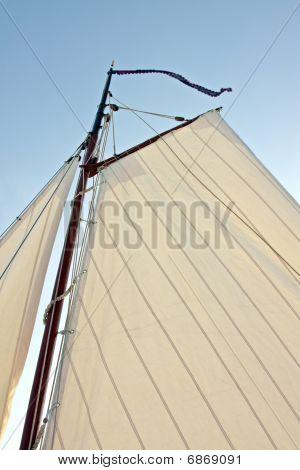 Sail from a traditonal sailingyacht