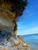 foto of bluff  - crumbling limestone bluffs along the Missouri River - JPG