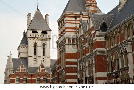 Details Of The Royal Courts Of Justice