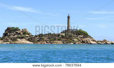 KeGa Lighthouse afar