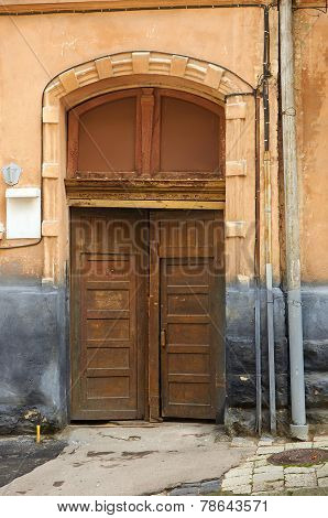 Wooden Front Door And Plate