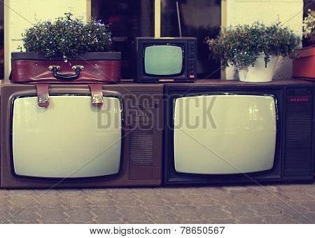 Vintage Retro Old Tv Set