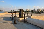 foto of malecon  - Guns on the seafront Malecon - JPG