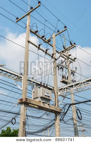 Transform Electric High Voltage To Low Voltage