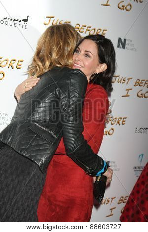 LOS ANGELES - FEB 20:  Laura Dern, Courteney Cox at the