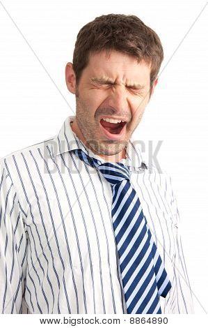 Empresário bocejando